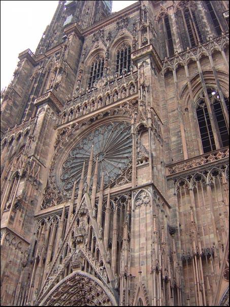 Strasbourg touristique carte cathédrale de strasbourg maisons à colombage planete h mr h
